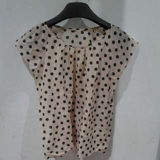 Blouse Sifon Polkadot Cream