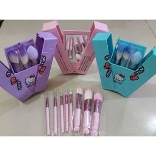 Hello Kitty Brush Set