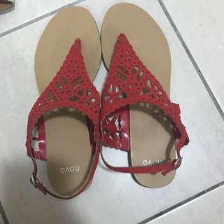 Novo Sandals Size 11