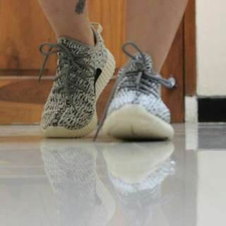 Sneakers Adidas Yeezy Boost
