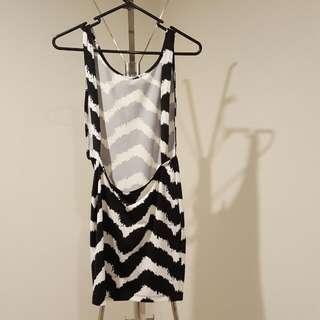 Low Back Black White Party Dress Size S