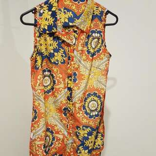 Long Buttoned Sleeveless Top Size 6-8