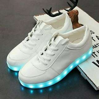 Sepatu LED + FREE ONGKIR