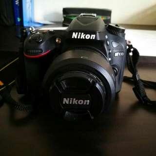 Nikon D7100+ Nikon AF-S DX NIKKOR 35mm f/1.8G Lens with Auto Focus