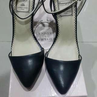 grace gift 黑色皮質高跟踝腳鞋