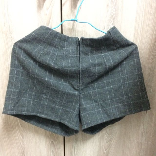 秋冬 灰格紋短褲(含運)
