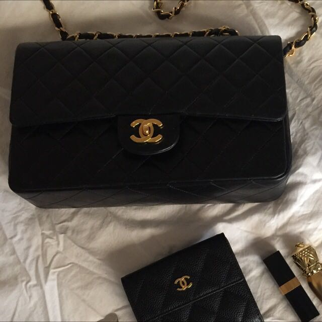 Authentic Chanel Classic Double Flap Medium