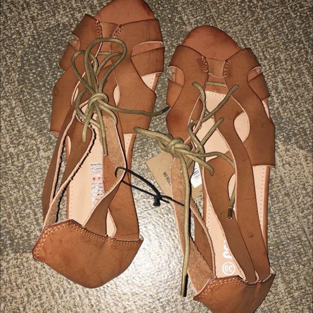 Authentic Cotton On Sandals