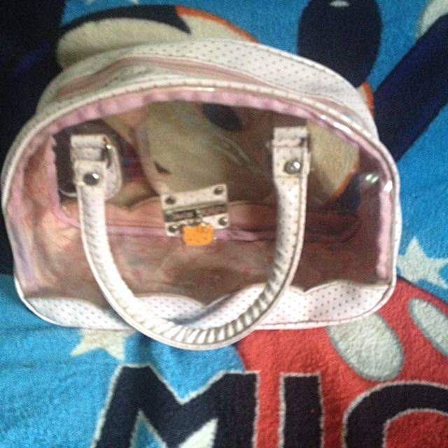 authentic hello kitty hand bag