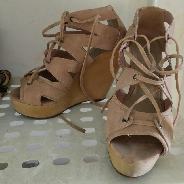 Betts Wedges Pink Tied Up Size 8