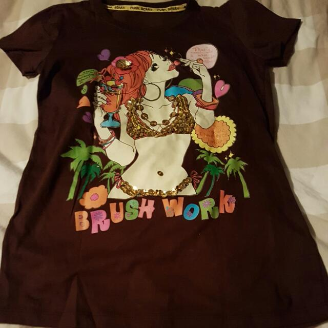 BNWOT  T shirt