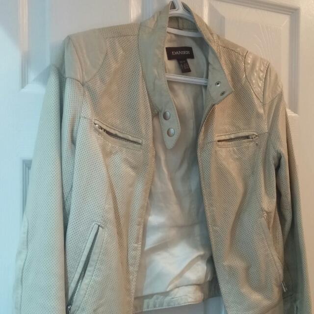 Danier White Leather Jacket XS