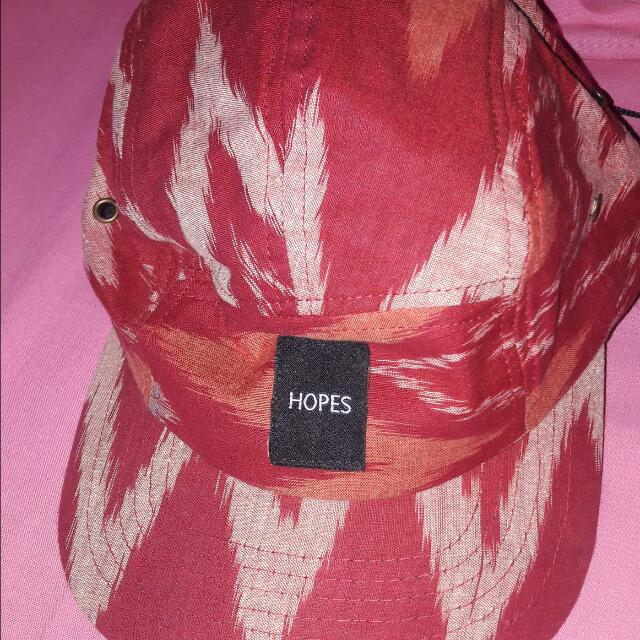 Hopes Red Hat