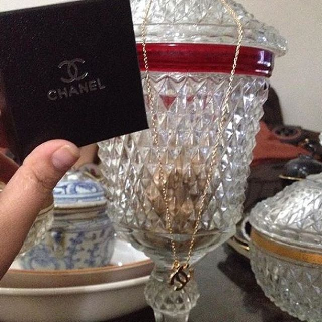 kalung chanel free box