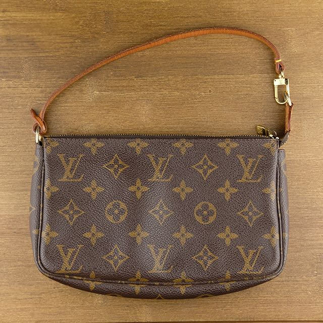 596999a17aba0 Louis Vuitton Monogram Canvas Pochette Metis with braided handle M43984.  Loading zoom. Share This Listing