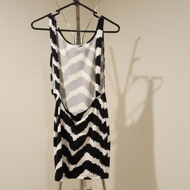 Low Back Black White Party Dress Size S