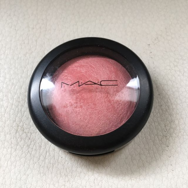MAC Mineralize Blush - Azalea In The Afternoon