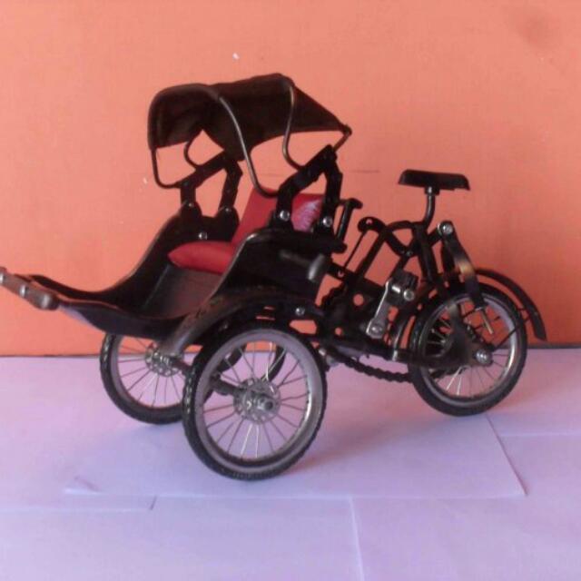 Miniatur Becak Penang