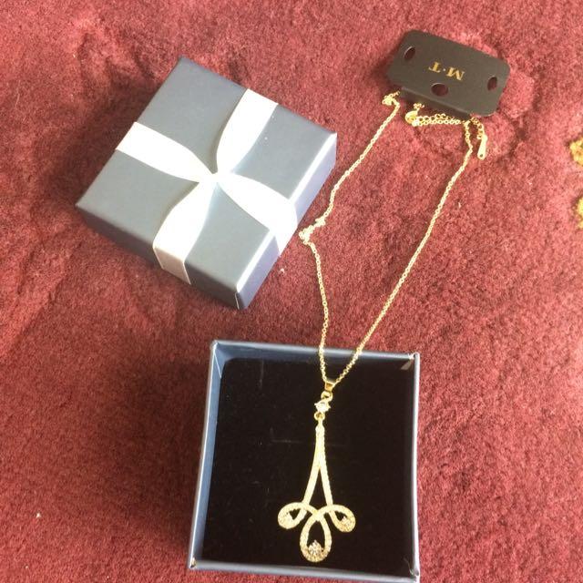 NEW Jewelled Necklace Diamonds
