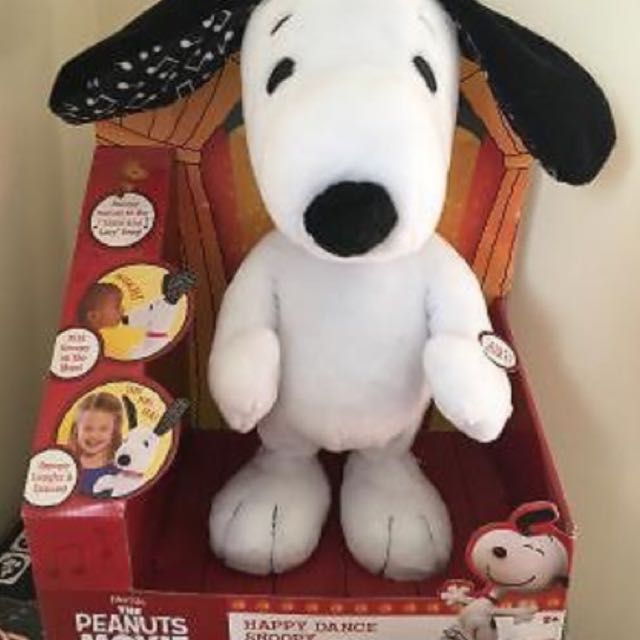 NEW Peanuts Happy Dance Snoopy Plush Toy