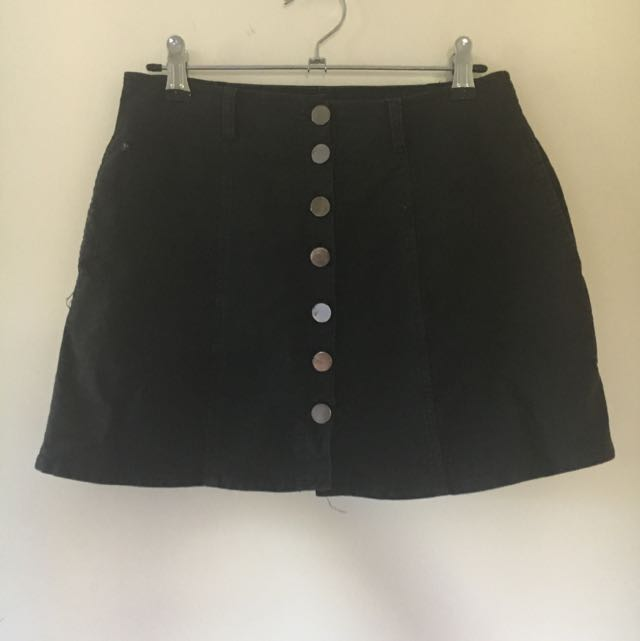 OOTD black Mini Button Skirt