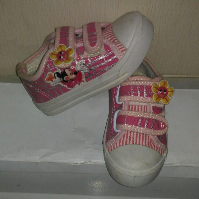 Pink Shoes Size 24