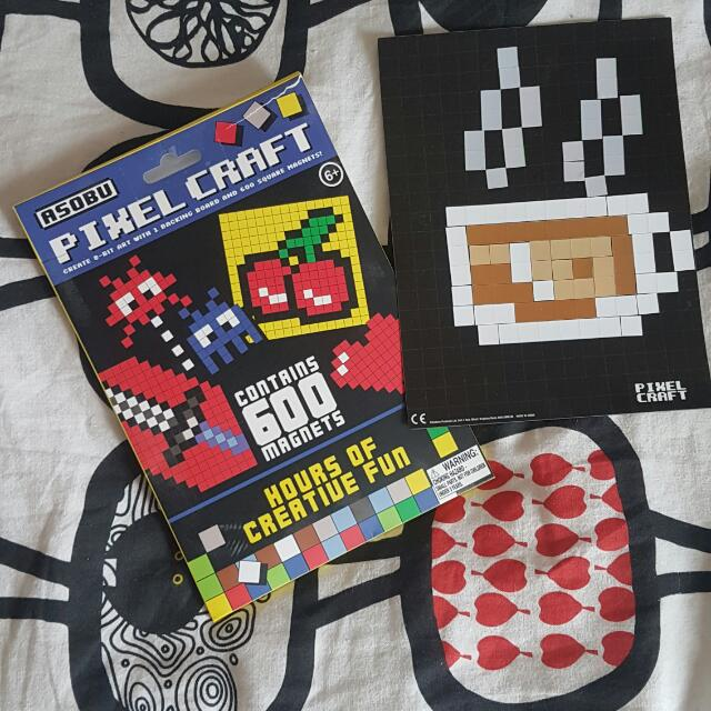 PIXEL CRAFT 8-bit Magneting Board With Magnets