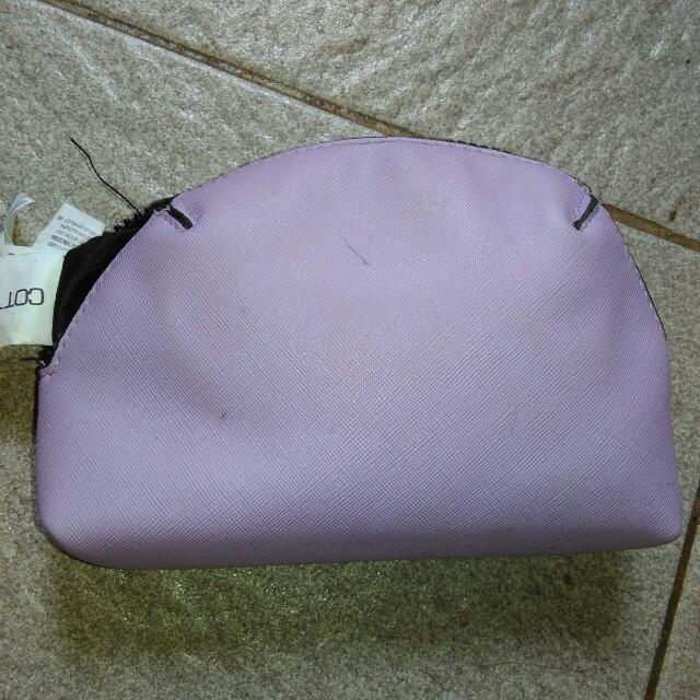 Pouch Cotton On