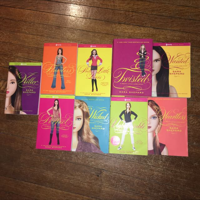 Pretty Little Liars Series** Reduced Price***