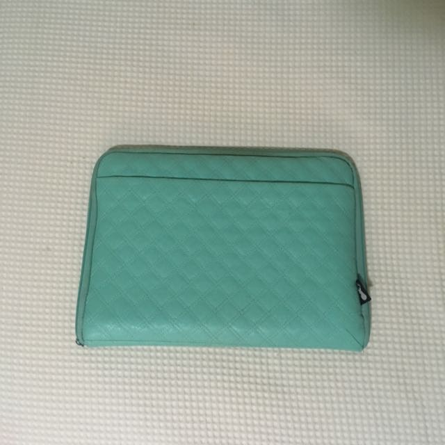 Typo Laptop Case 13""