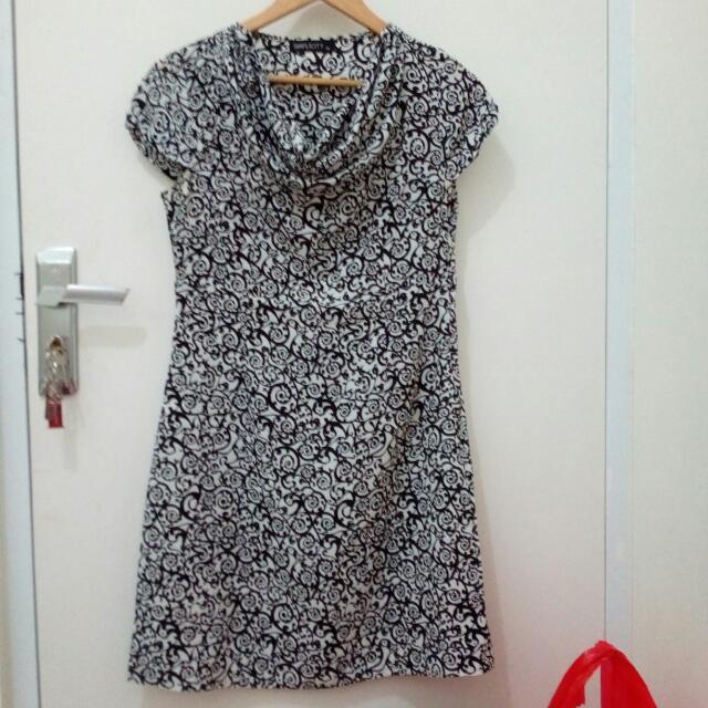 White & Black Dress - Simplicity