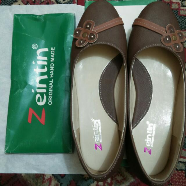 Zeintin Flat Shoes Coklat