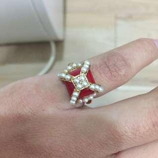 瑕疵皇冠可愛戒指