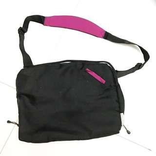 Hellolulu Laptop Gadget Bag
