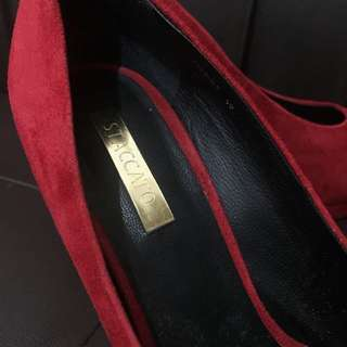 sexy red feat gold staccato heels