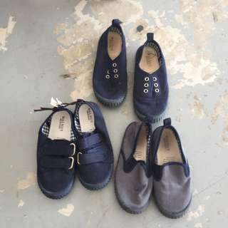 BULK KIDS SHOES 2 Pairs Walnut Shoes 2 Pairs Size 31