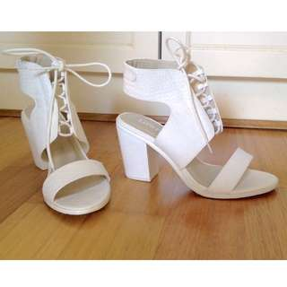 Lipstick Lace-up Heel Shoes