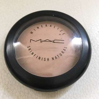 MAC Mineralize Skinfinish - Medium Plus