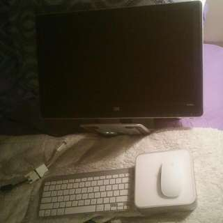 Apple MAC mini W/ Magic Mouse, Monitor, Keyboard