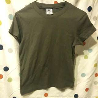 Olive Green Roots Tee-shirt.
