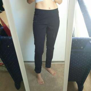 Uniqlo Black Jeggings