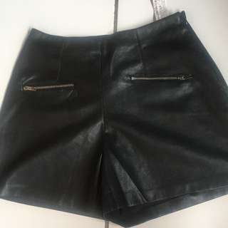 berskha pants leather