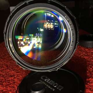 Canon EF 85mm f1.2 L ii (430 EX Flash not included) with Free Canon EOS M Body + 3rd Party EFM Adaptor