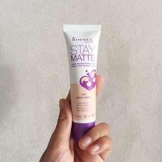 Rimmel Stay Matte Liquid Mousse Foundation