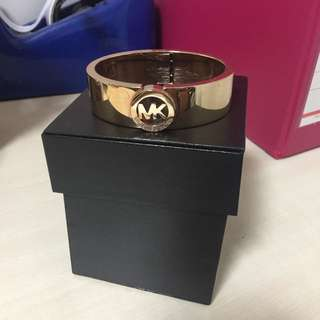 Michael Kors Authentic Rose-gold Bangle