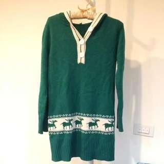 綠色連帽長版毛衣