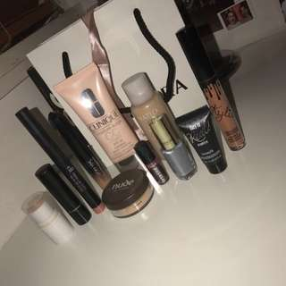 Used Good Condition Makeup
