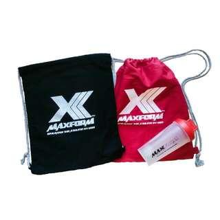 MaxForm 2x Canvas Drawstring Bags + 1 X Shaker Bottle (700ml)
