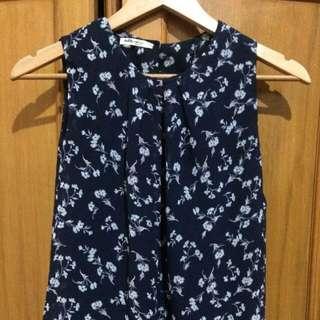 blouse biru navy