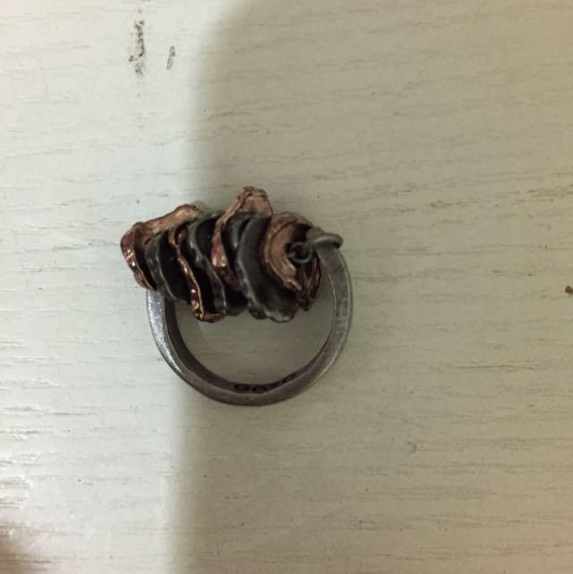 專櫃造型做舊戒指